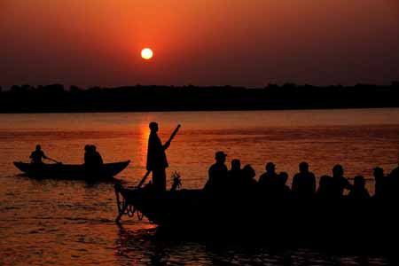 Mumbai with Varanasi Luxury Tour